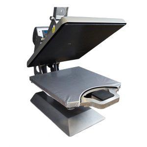 Stahls' Tag Along patenterad basplatta för transferpress, för samtidig pressning fronttryck och label.